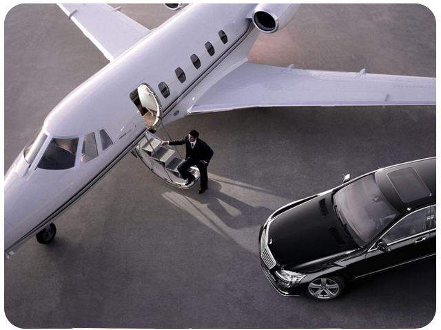 Airport Pickup and Drop Limousines Services in New York